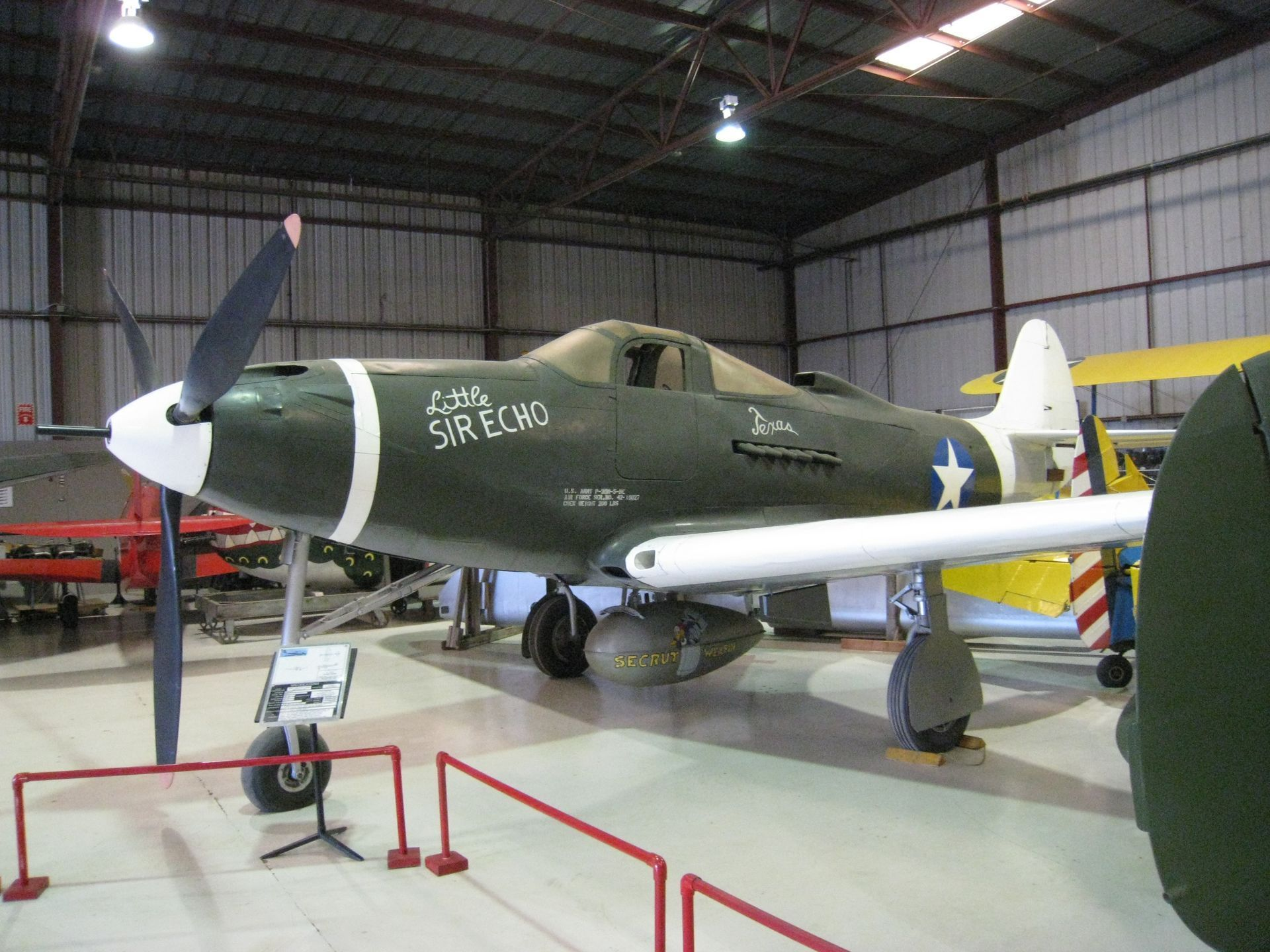 Bell P-39 Airacobra - Little Sir Echo