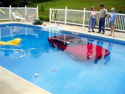 miata-in-a-swimming-pool