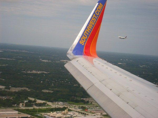 Southwest 737 on final approach to Tampa