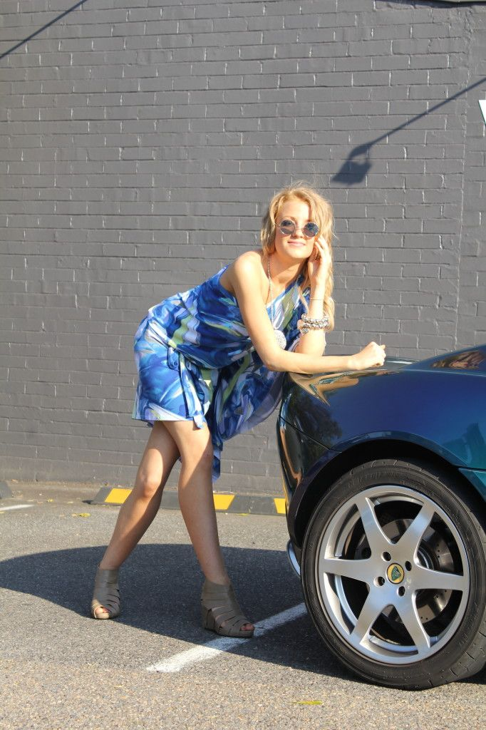 babe in blue with blue Lotus elise