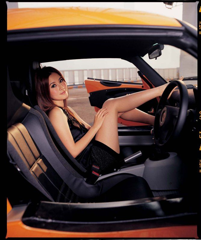 pretty girl in lotus elise
