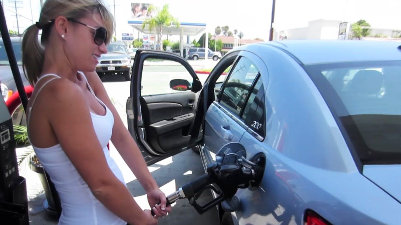 girl pumping biofuel splash and dash